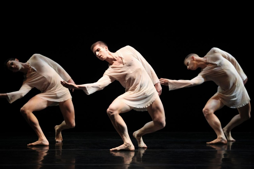 Stephen Petronio Dance Company - photo by Julieta Cervantes
